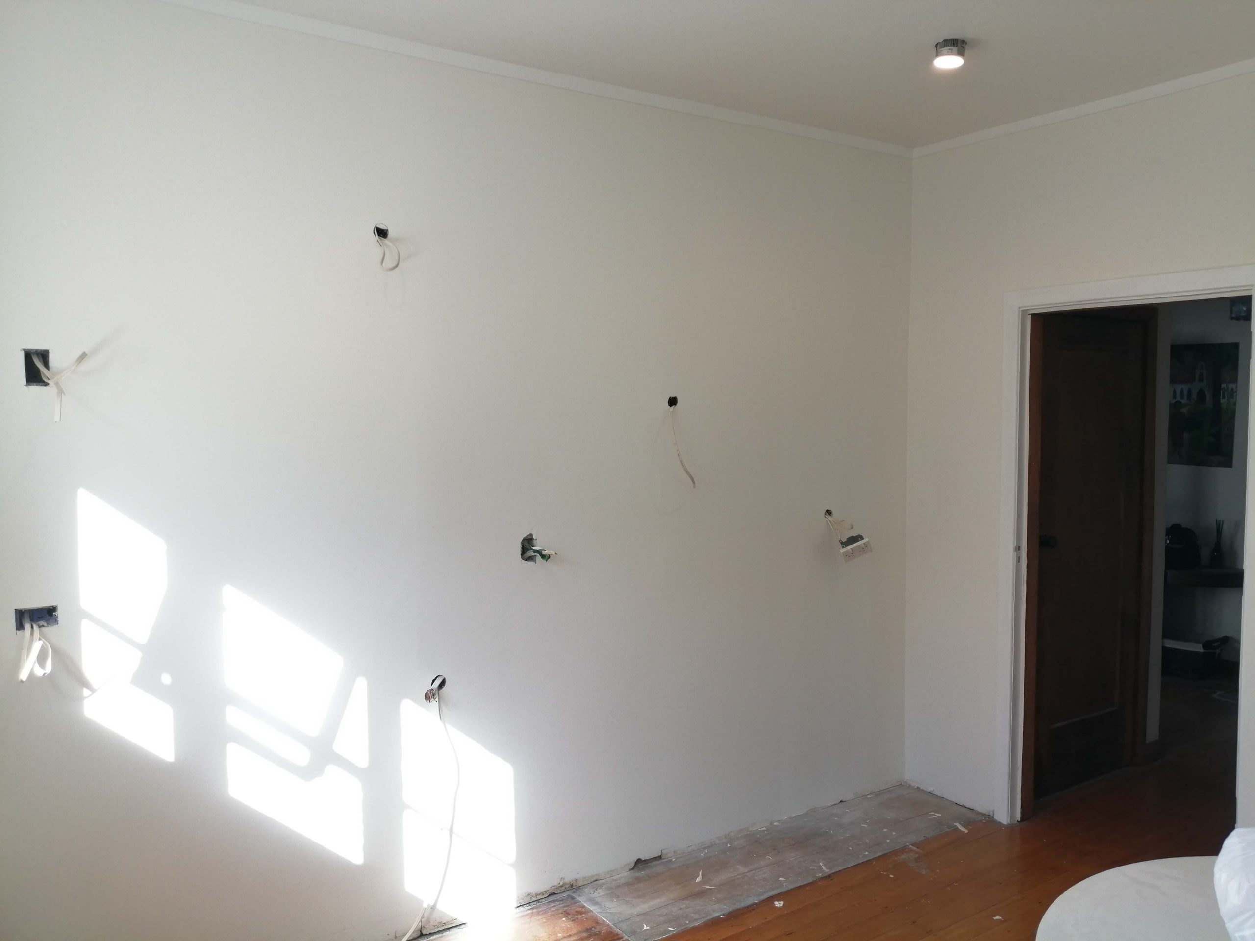 Kitchen plastering and painting
